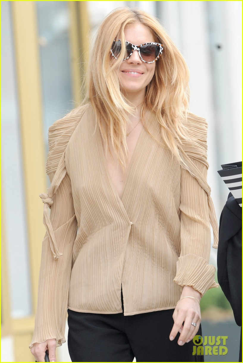 sienna miller jewelry launch party 053084555