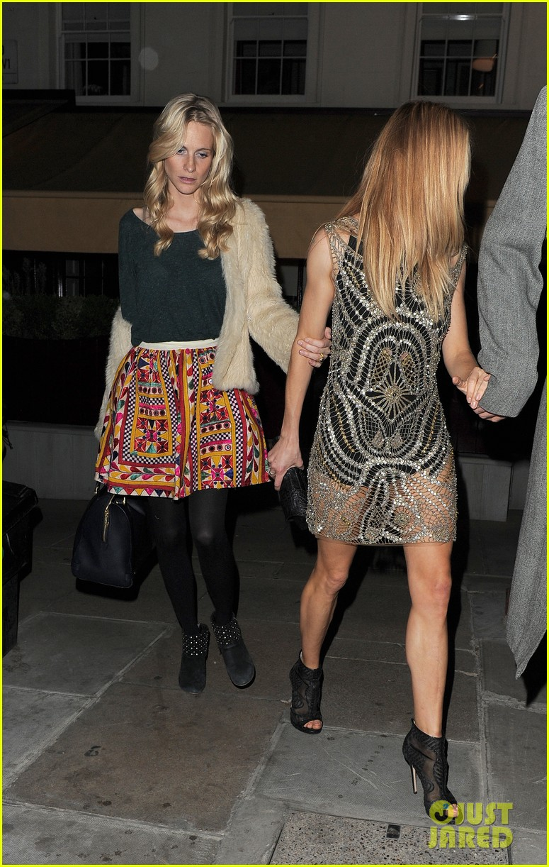 sienna miller celebrates kate moss with hot british models 283102000