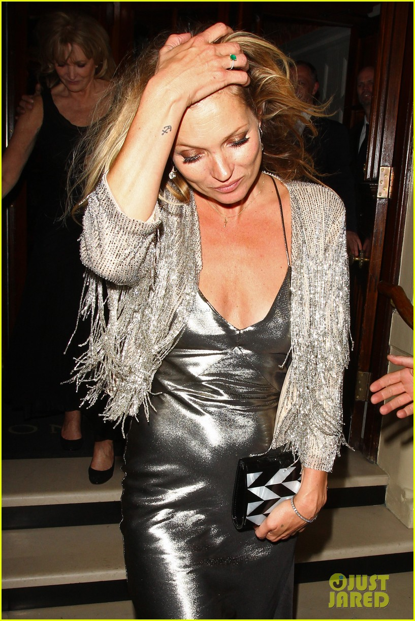 sienna miller celebrates kate moss with hot british models 343102006