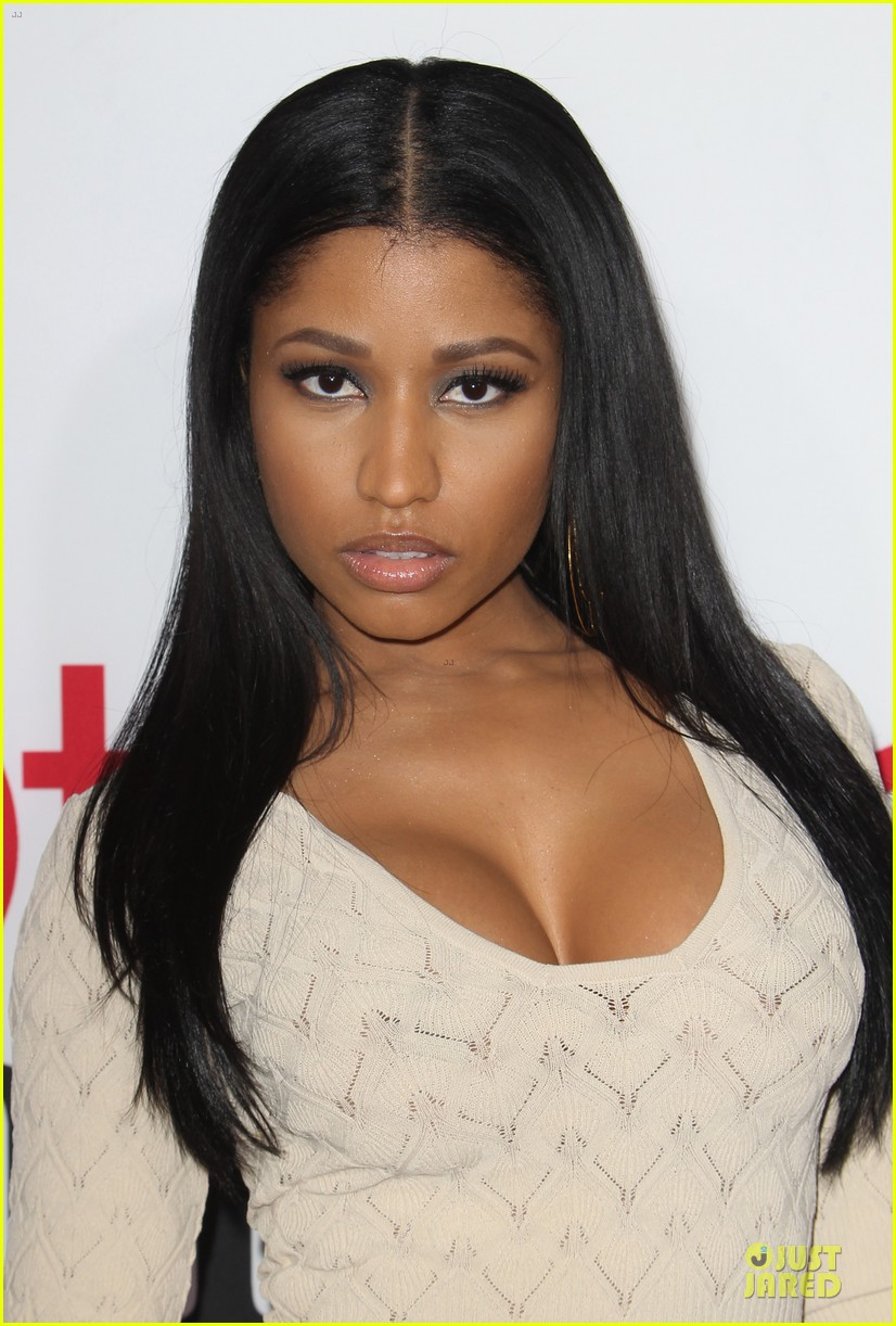 nicky minaj bootylicious at the other woman premiere 023096536