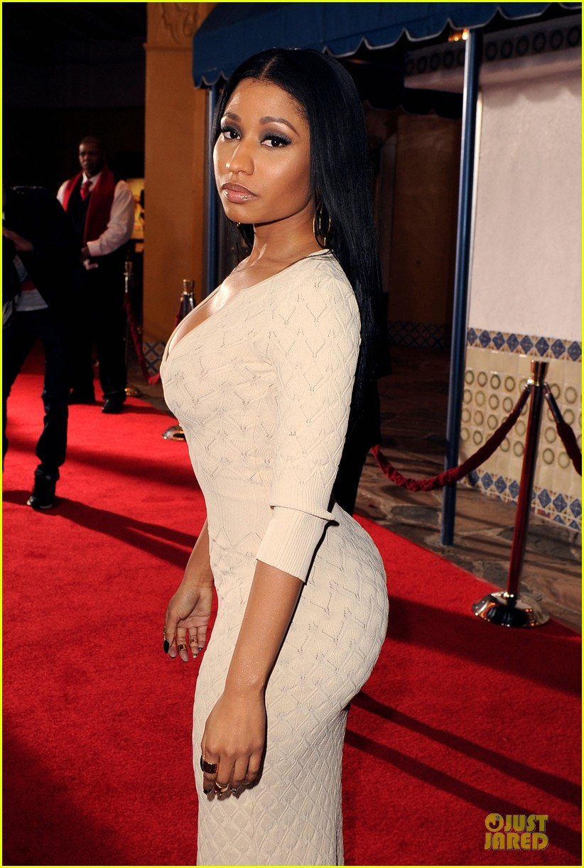 nicky minaj bootylicious at the other woman premiere 14