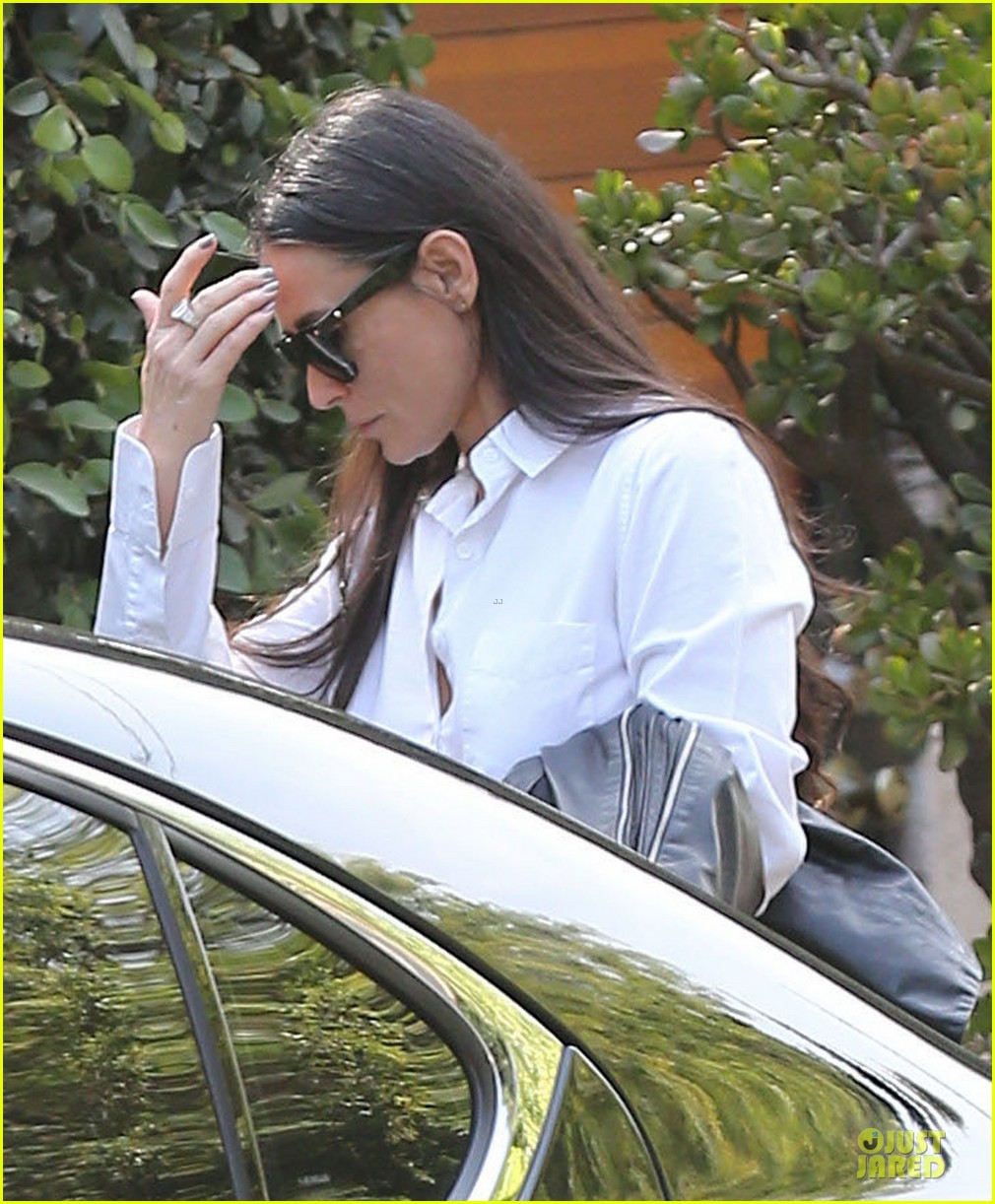 demi moore rob lowe saw each other two years ago 043095217
