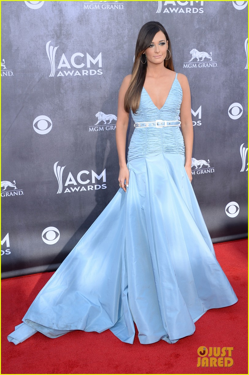 kacey musgraves acm awards 2014 red carpet 07