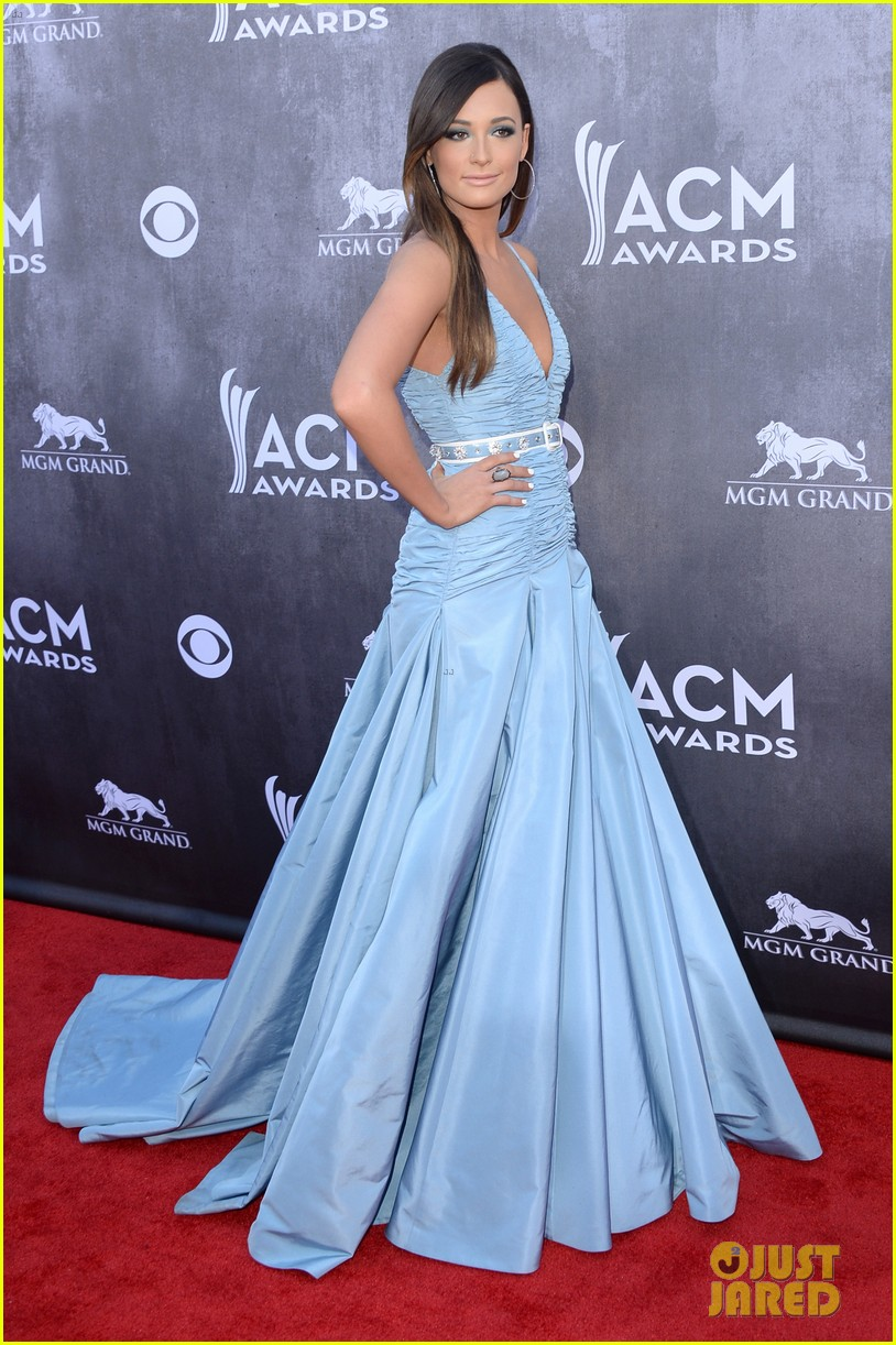 kacey musgraves acm awards 2014 red carpet 083085757
