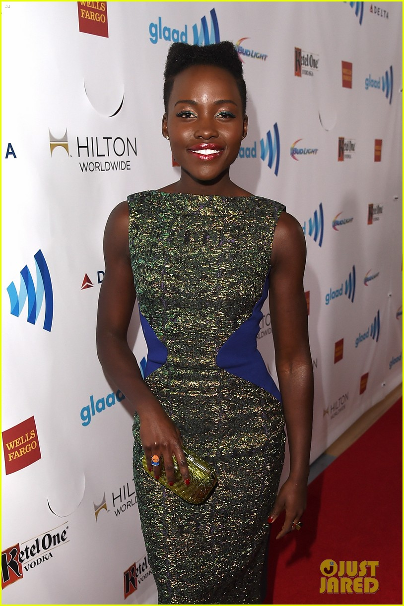 lupita nyongo attends first awards show since the oscars 053089978