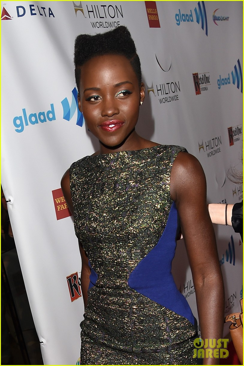 lupita nyongo attends first awards show since the oscars 06
