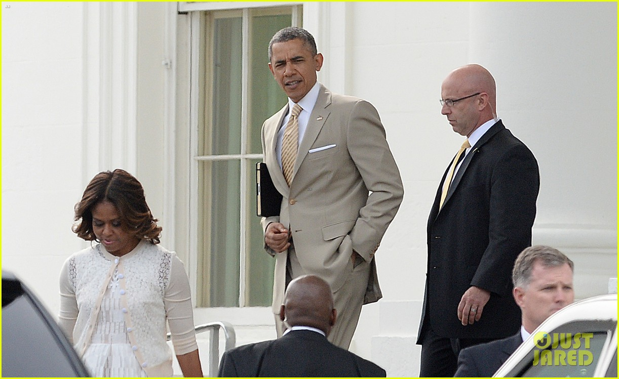 barack michelle obama easter sunday service 023096049