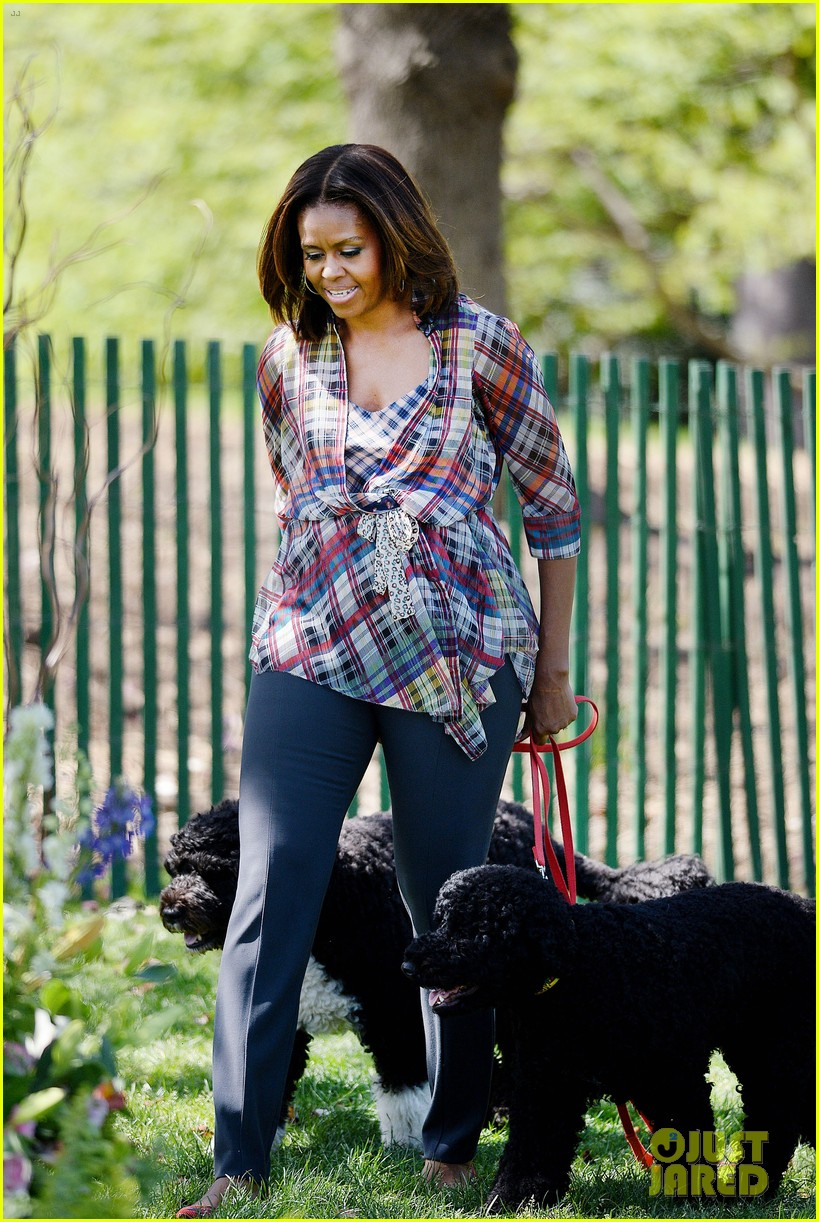 michelle obama white house easter egg roll 013096229