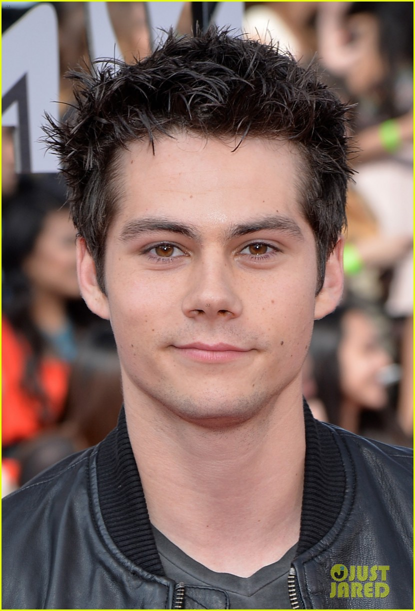 dylan obrien tyler hoechlin mtv movie awards 2014 01