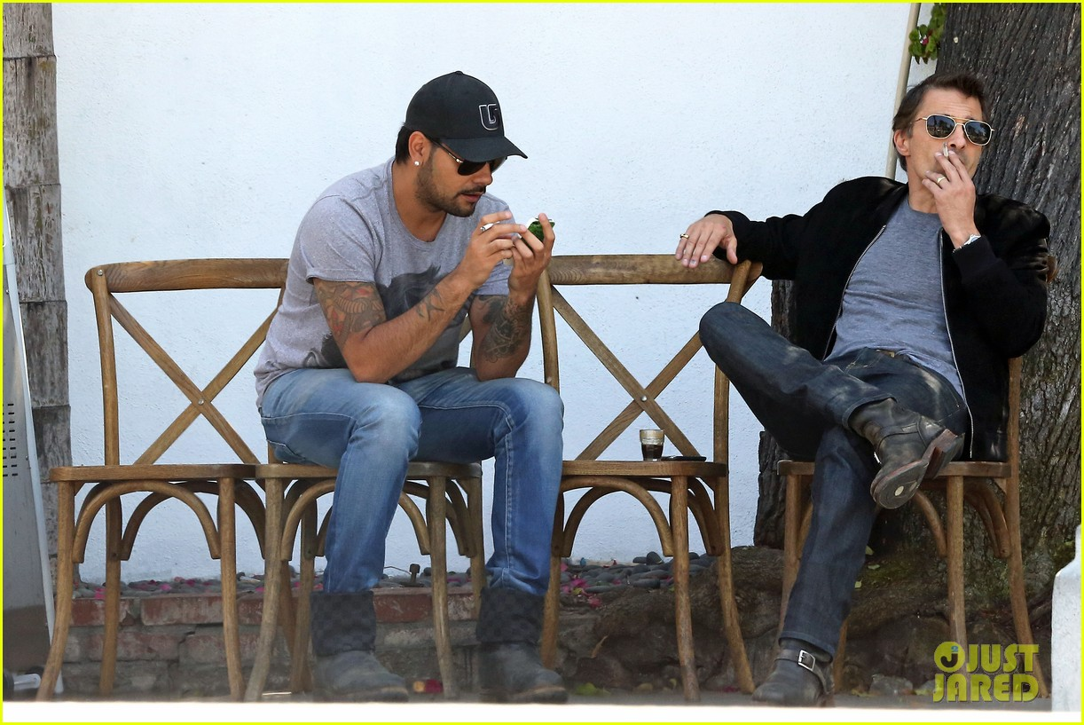 olivier martinez gets in some guy time with eduardo cruz 063093334