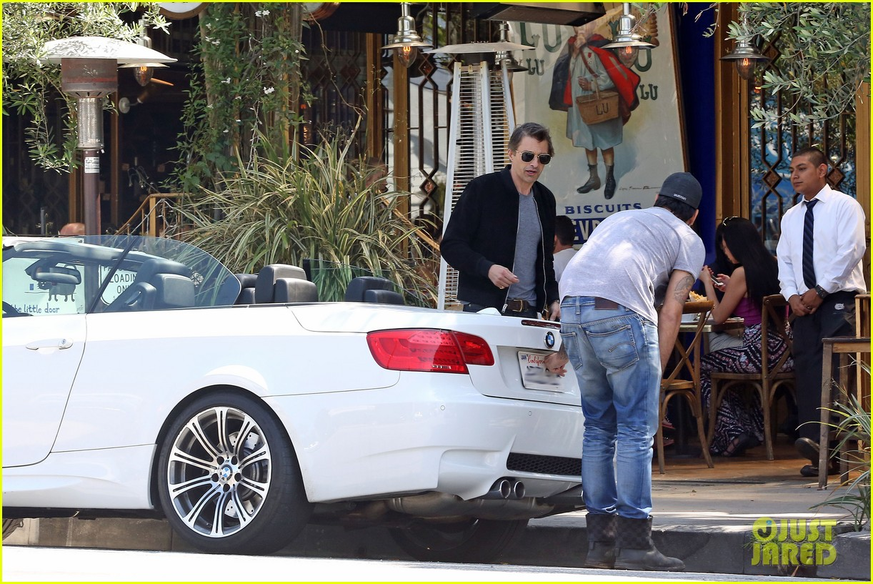 olivier martinez gets in some guy time with eduardo cruz 163093344