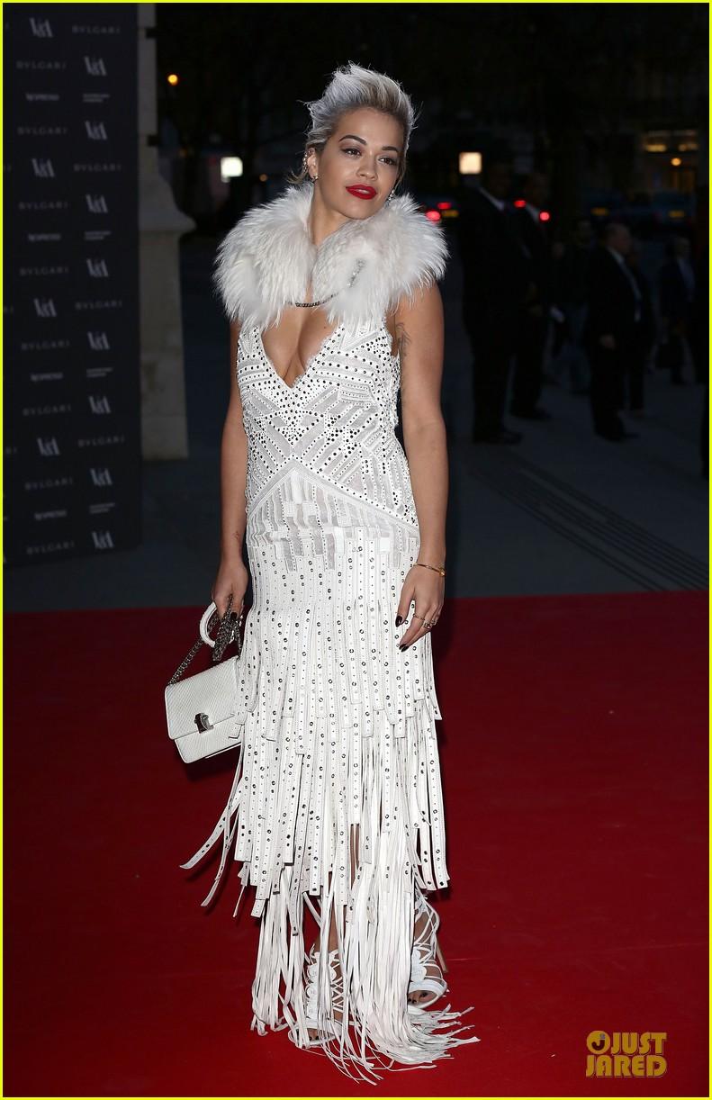 rita ora frills at glamour of fashion exhibition 063083100