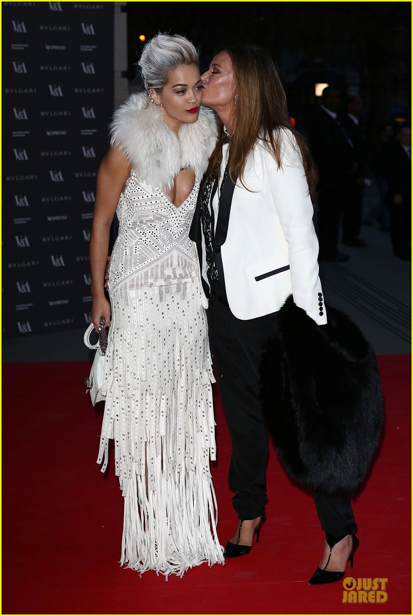 rita ora frills at glamour of fashion exhibition 093083103