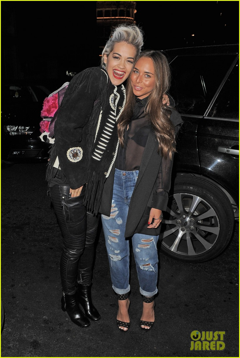 rita ora dines with chloe green at novikov in london 123083842