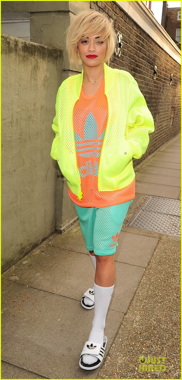 rita ora new hairdo in neon ensemble 013085080