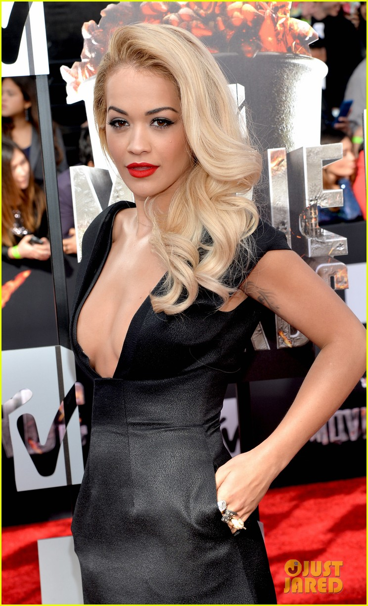Rita Ora Cleavage Nude Photos 48