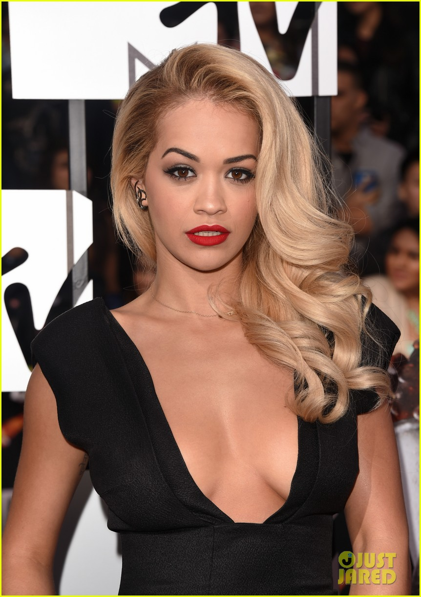 Rita Ora Cleavage Nude Photos 57