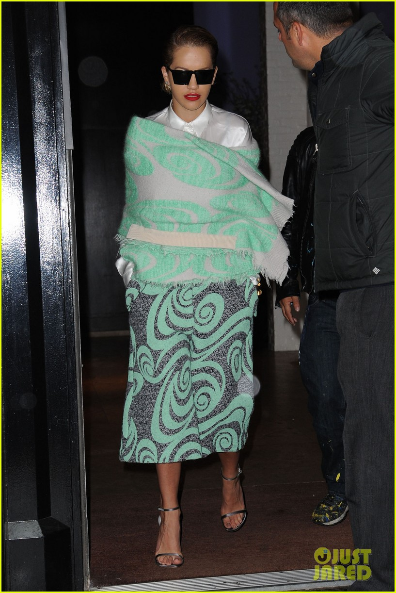 rita ora reportedly signs new deal with roberto cavalli 183102612