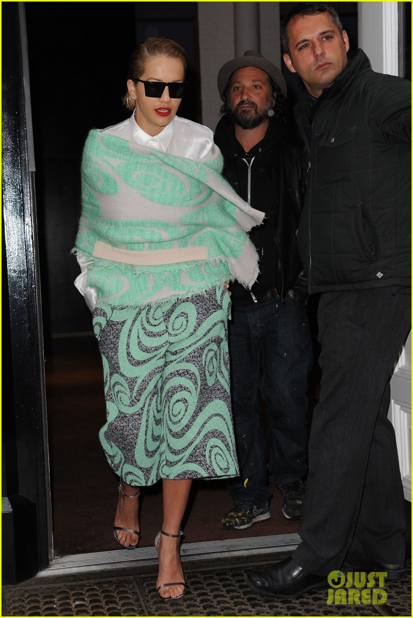 rita ora reportedly signs new deal with roberto cavalli 233102617