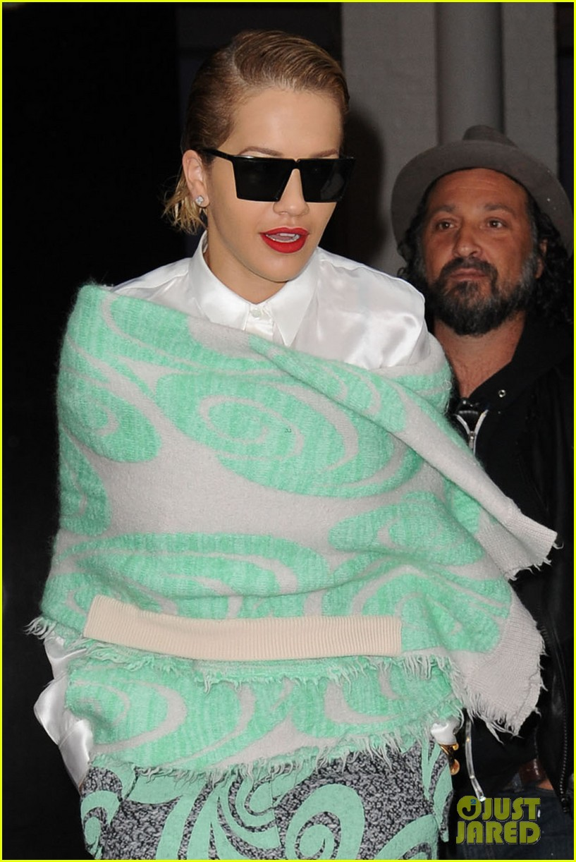 rita ora reportedly signs new deal with roberto cavalli 243102618