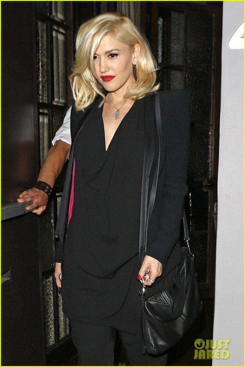 gwyneth paltrow meets up with gwen stefani nicole richie at crossroads for dinner 043094485