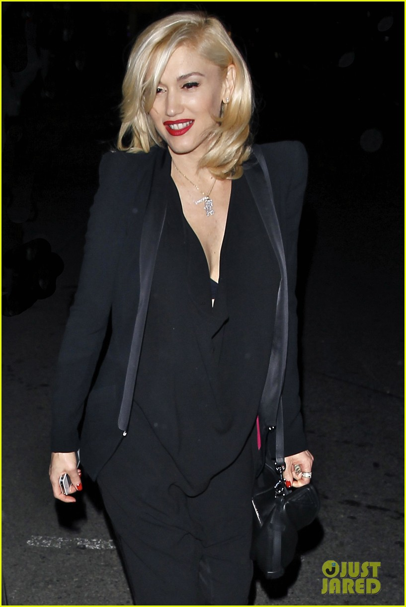 gwyneth paltrow meets up with gwen stefani nicole richie at crossroads for dinner 063094487