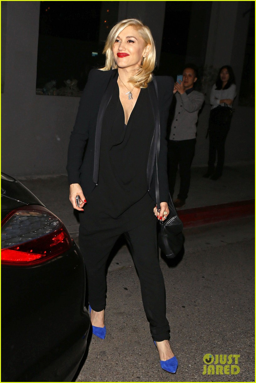 gwyneth paltrow meets up with gwen stefani nicole richie at crossroads for dinner 113094492