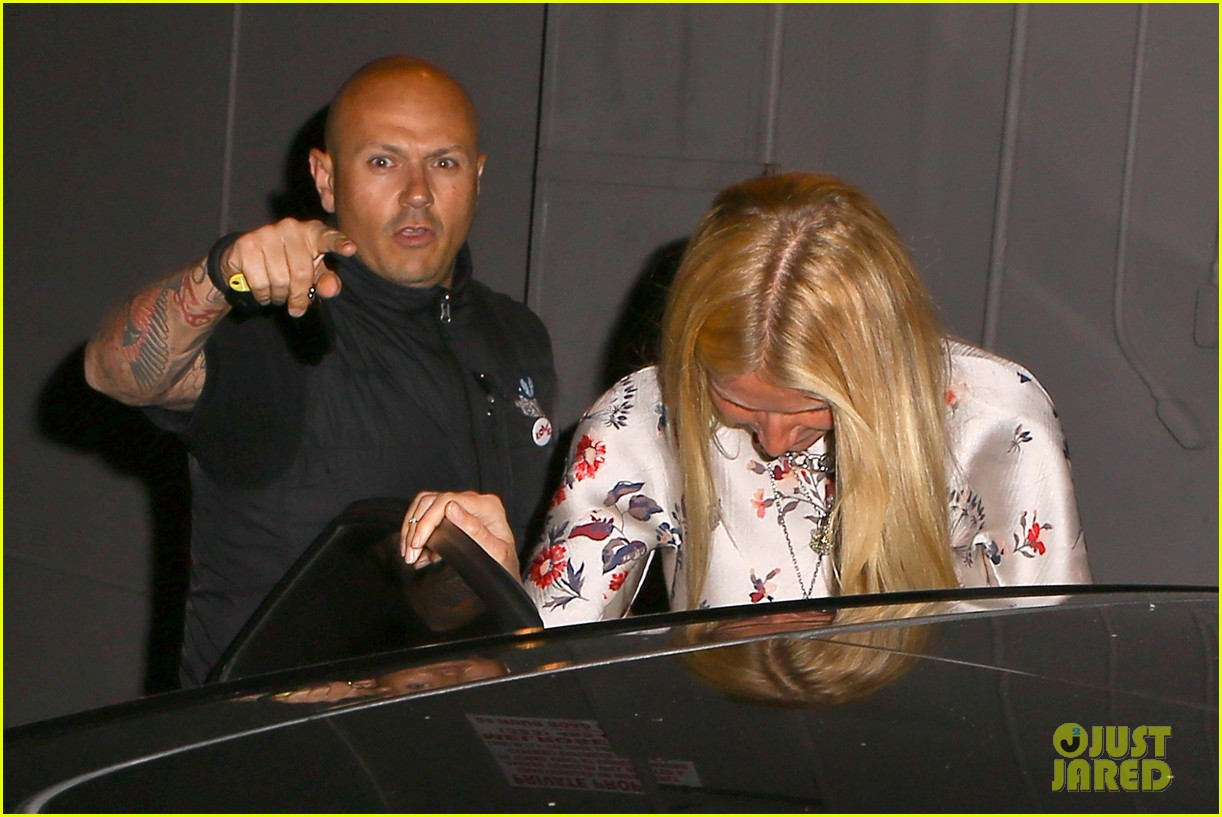 gwyneth paltrow meets up with gwen stefani nicole richie at crossroads for dinner 143094495