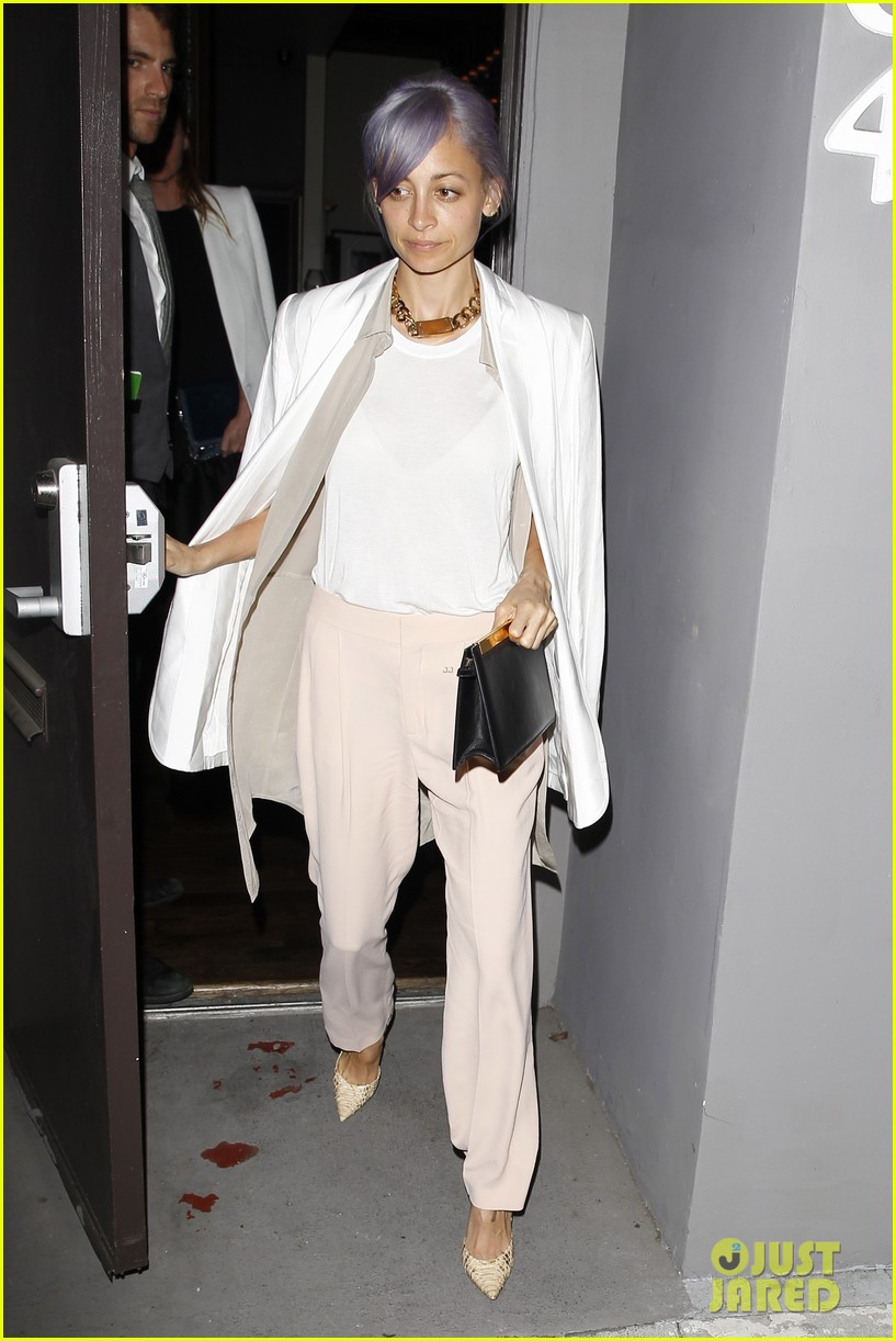 gwyneth paltrow meets up with gwen stefani nicole richie at crossroads for dinner 153094496