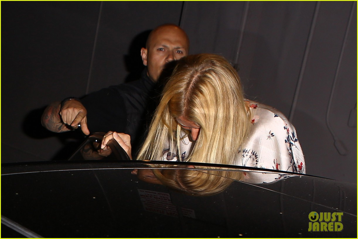 gwyneth paltrow meets up with gwen stefani nicole richie at crossroads for dinner 163094497