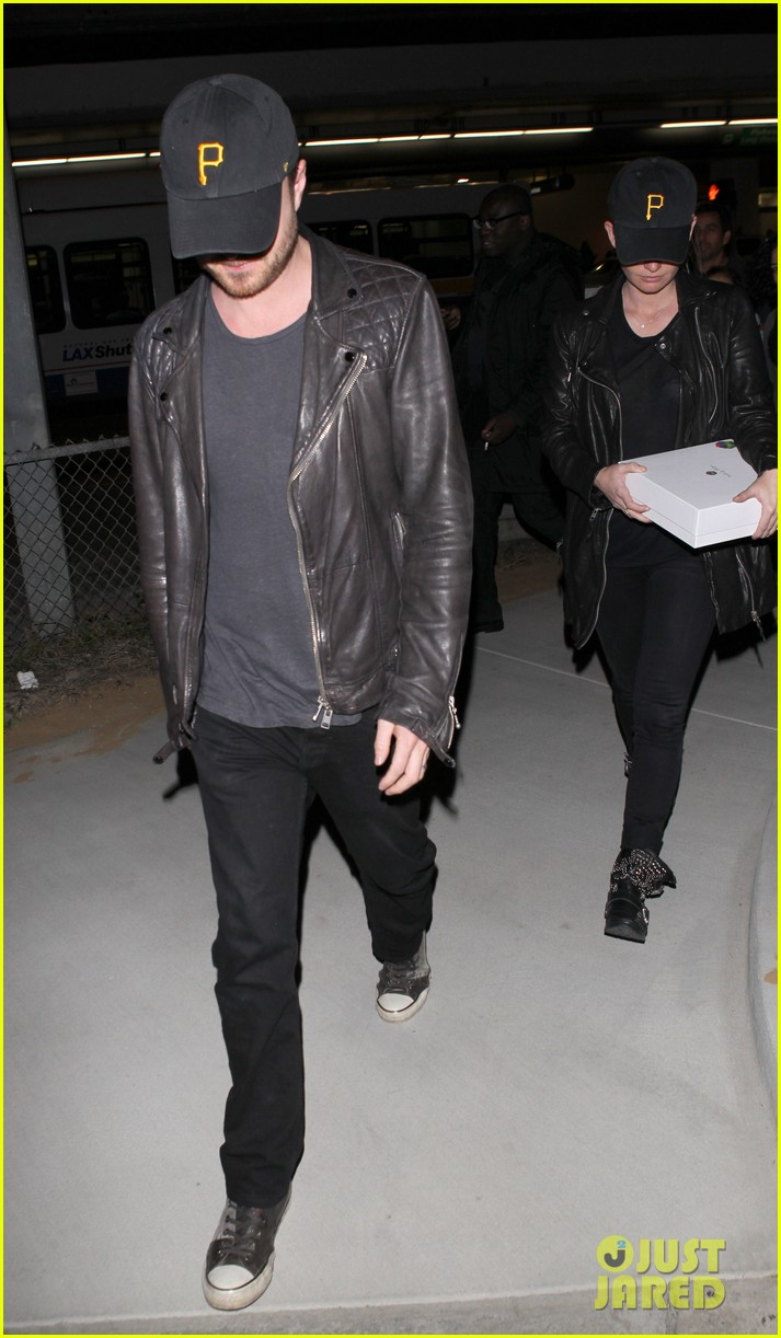 aaron paul hellion heading to cannes 02
