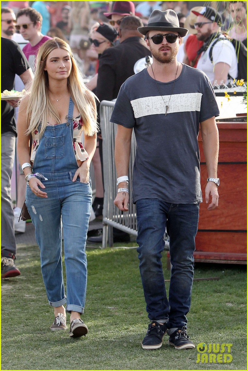 aaron paul wife wears retro bikini at coachella 083090209