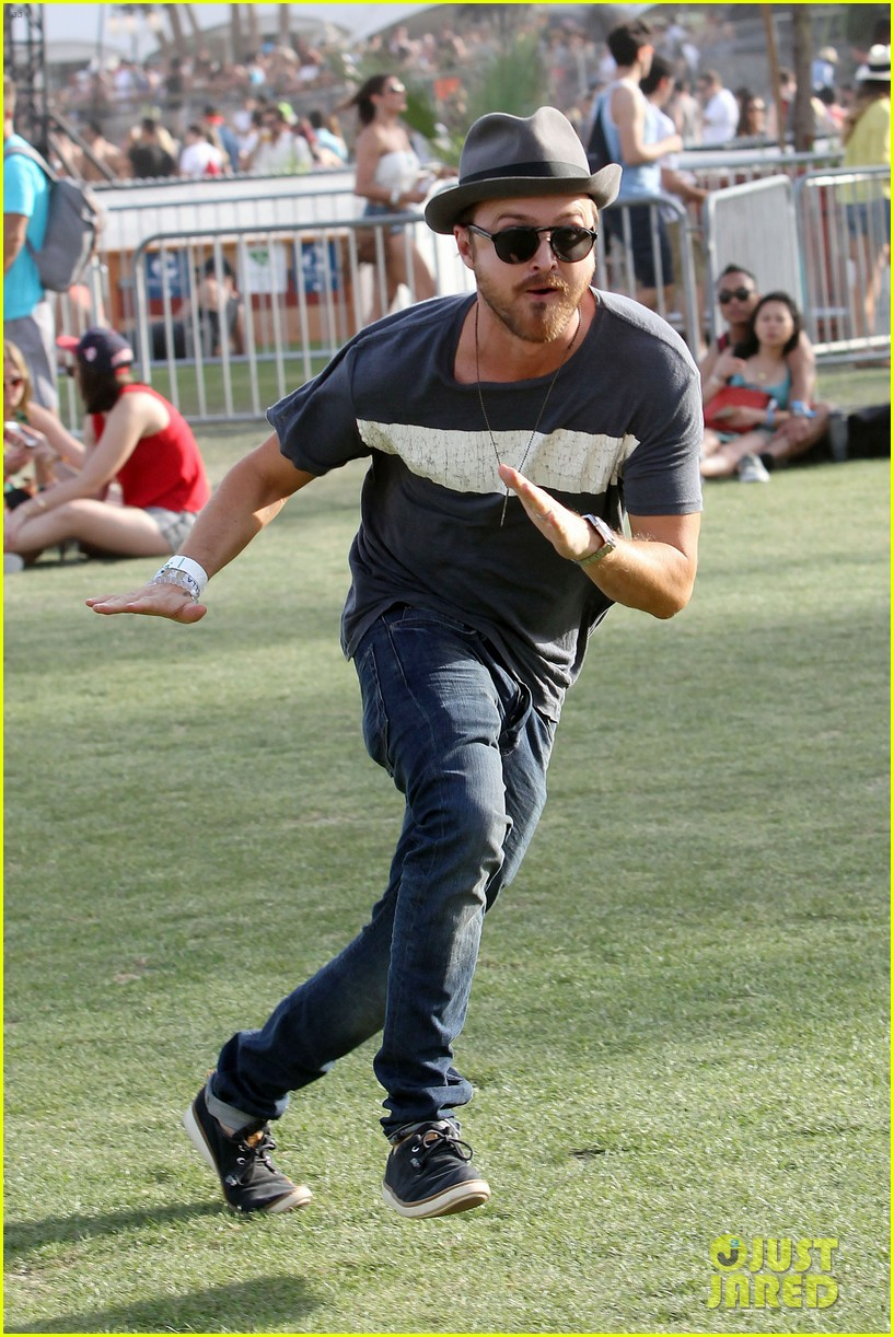 aaron paul wife wears retro bikini at coachella 123090213