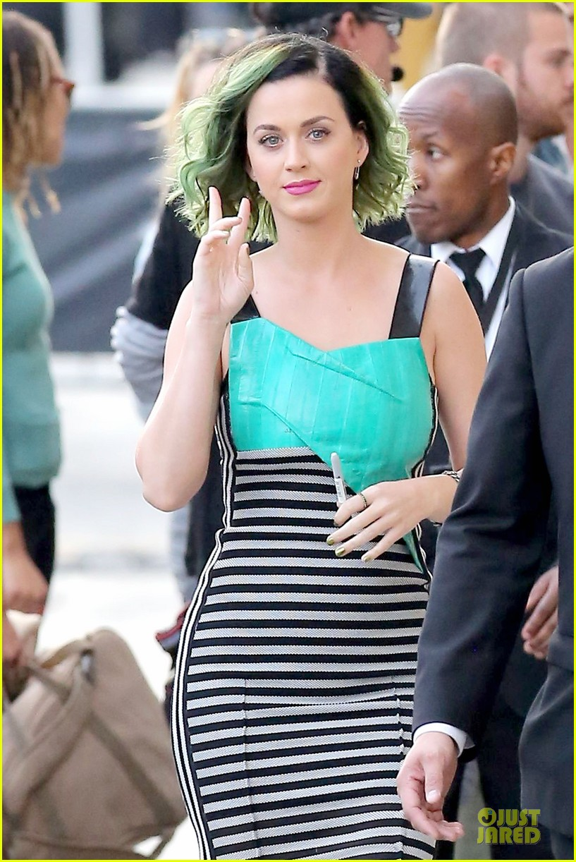 katy perry dark horse get attention on the voice 023096506