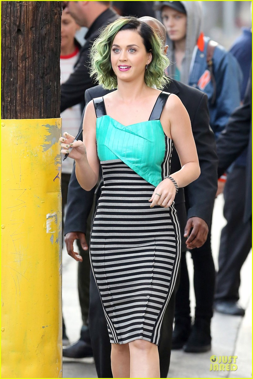 katy perry dark horse get attention on the voice 073096511