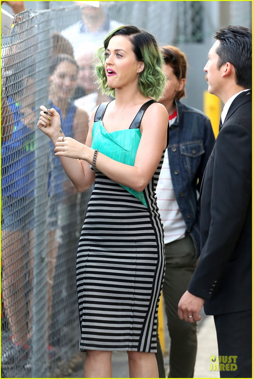 katy perry dark horse get attention on the voice 103096514