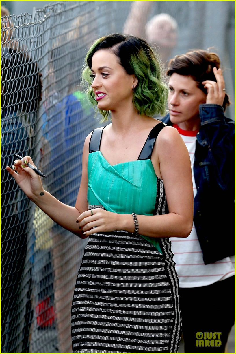 katy perry dark horse get attention on the voice 143096518