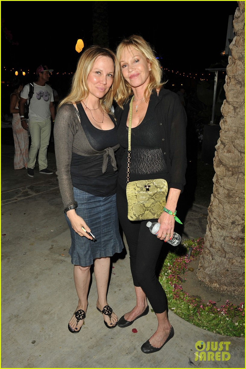 michelle pfeiffer melanie griffith moms coachella 033089986