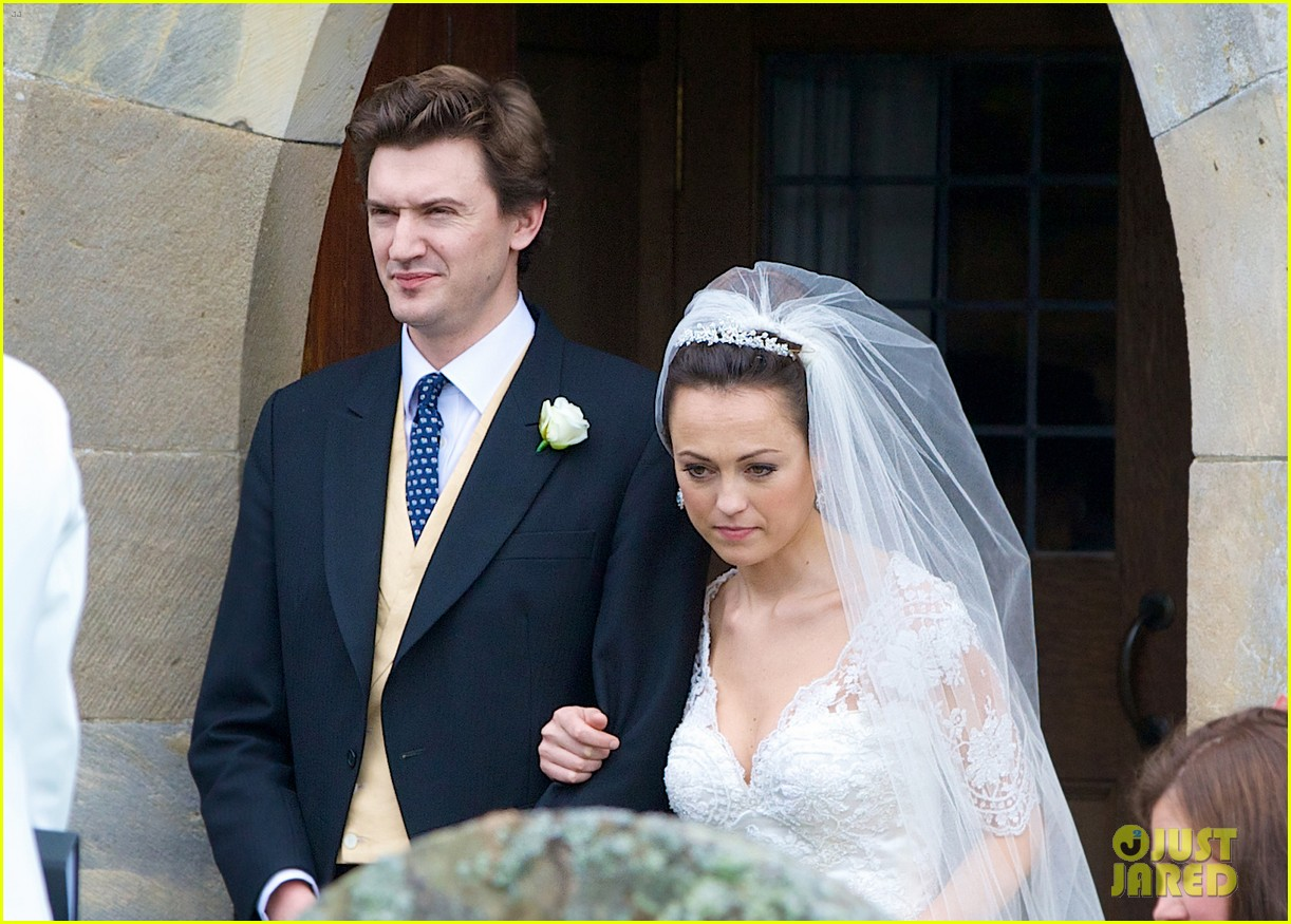 pippa middleton goes green for her friends wedding 143101743