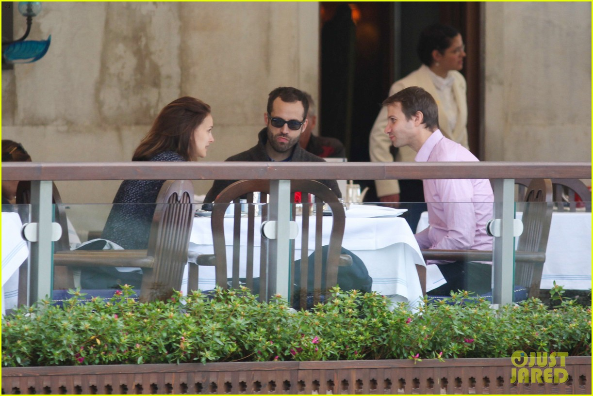 natalie portman benjamin millepied romantic vacation venice 103090807