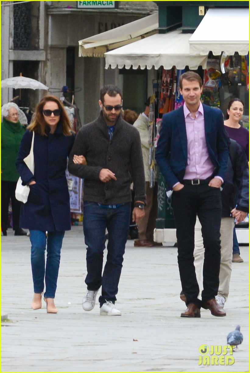 natalie portman benjamin millepied romantic vacation venice 16