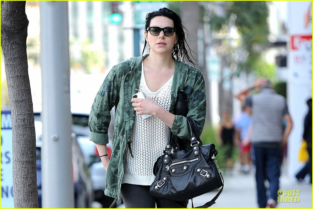laura prepon orange of the new black season 3 regular 073095261