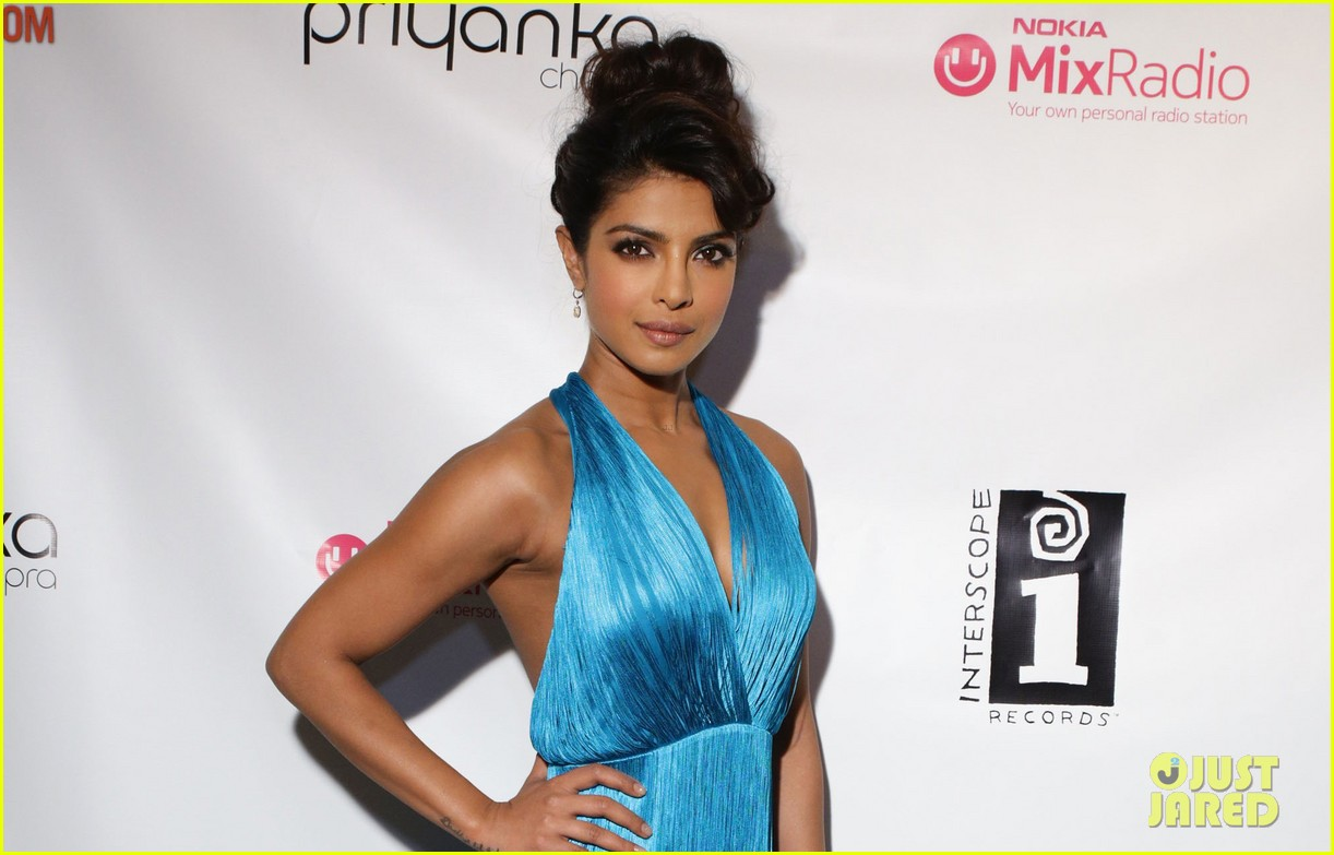 priyanka chopras i cant make you love me video premiere exclusive 04