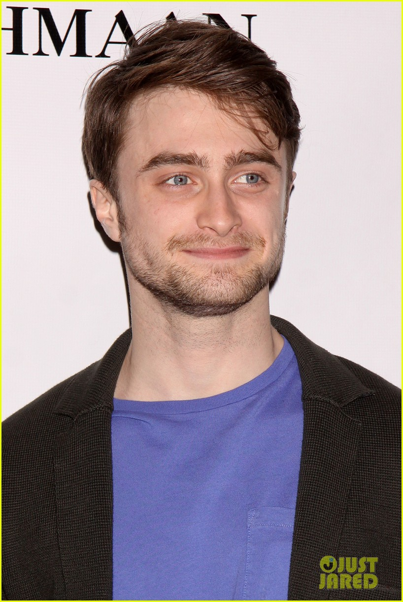 daniel radcliffe return to the stage draws closer we cant wait 033083348