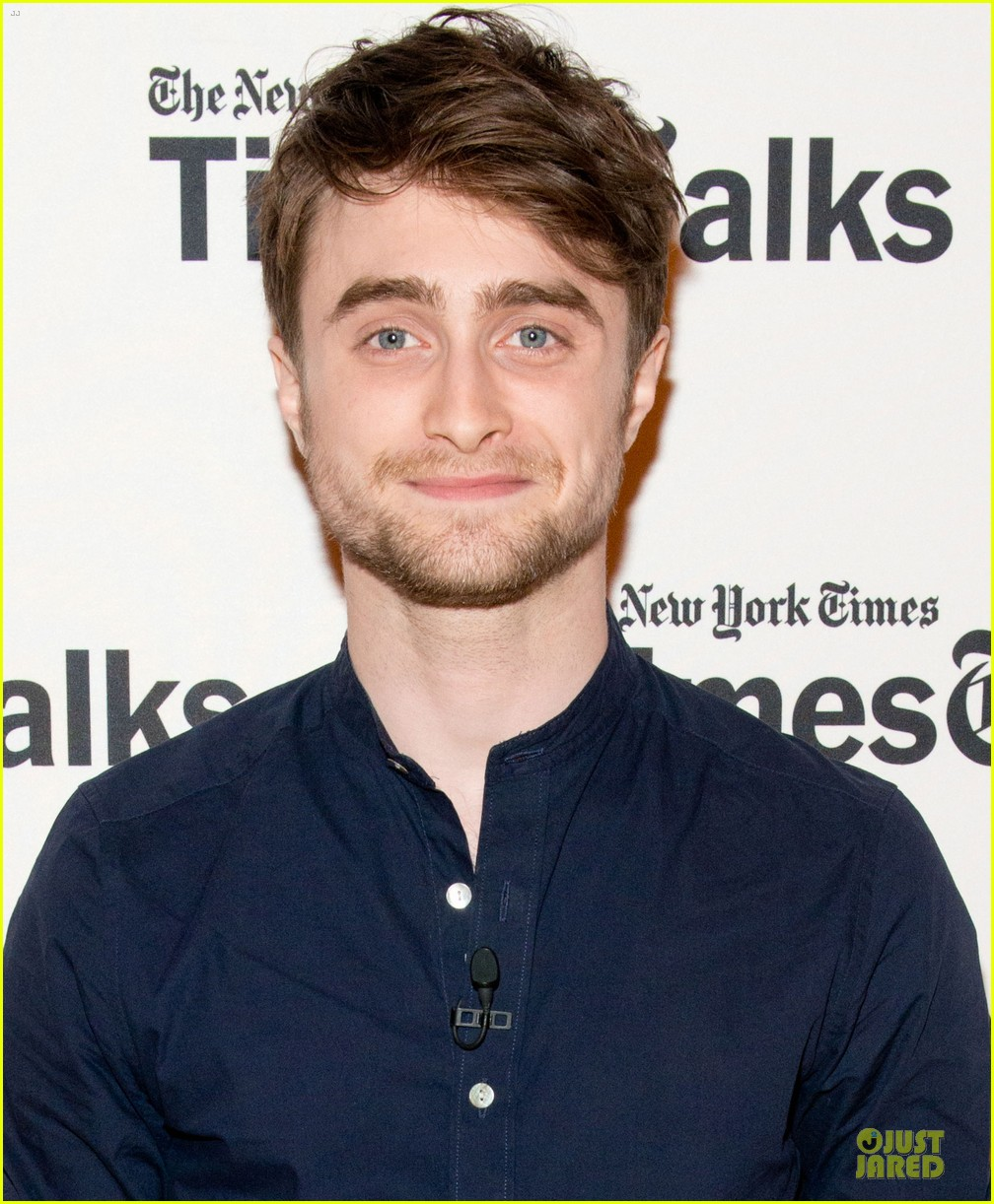 daniel radcliffe to do big musical film 04