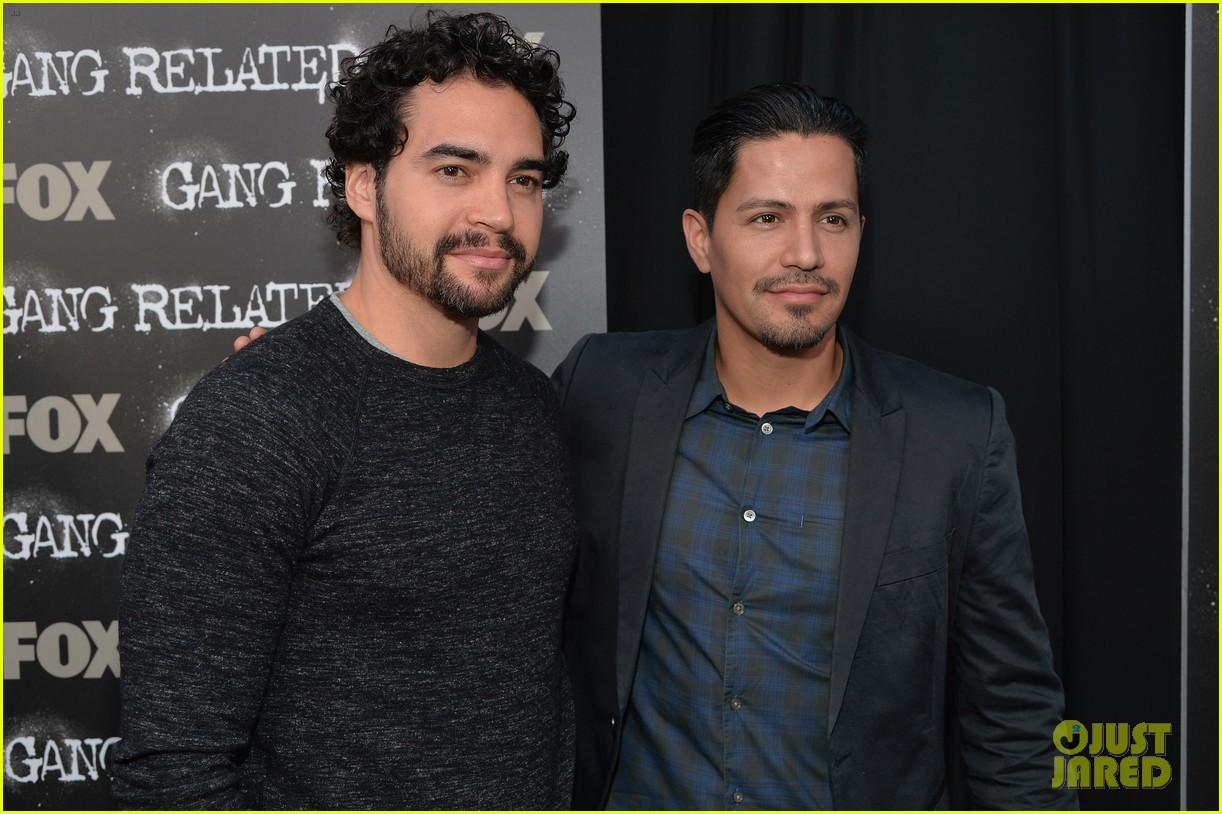 gang related red carpet premiere 043097303
