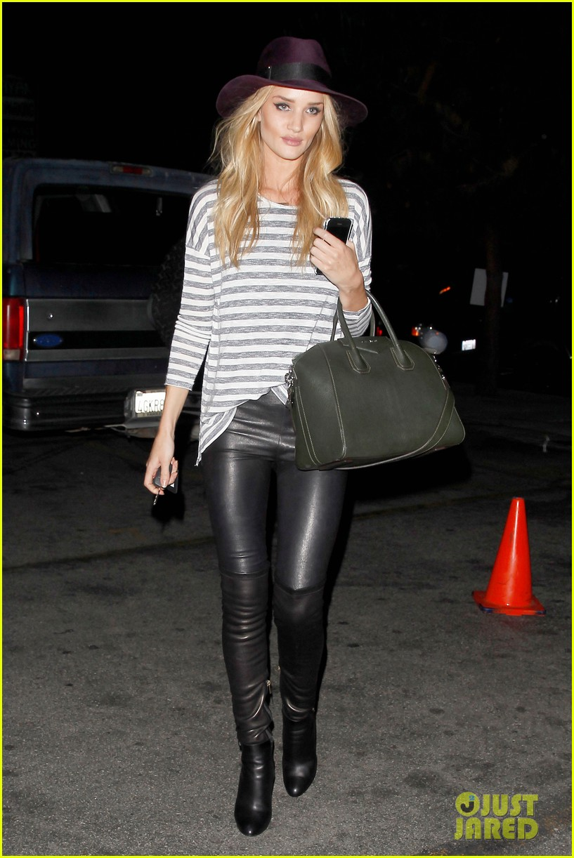 rosie huntington whiteley turns 27 looks more beautiful than ever 113094611