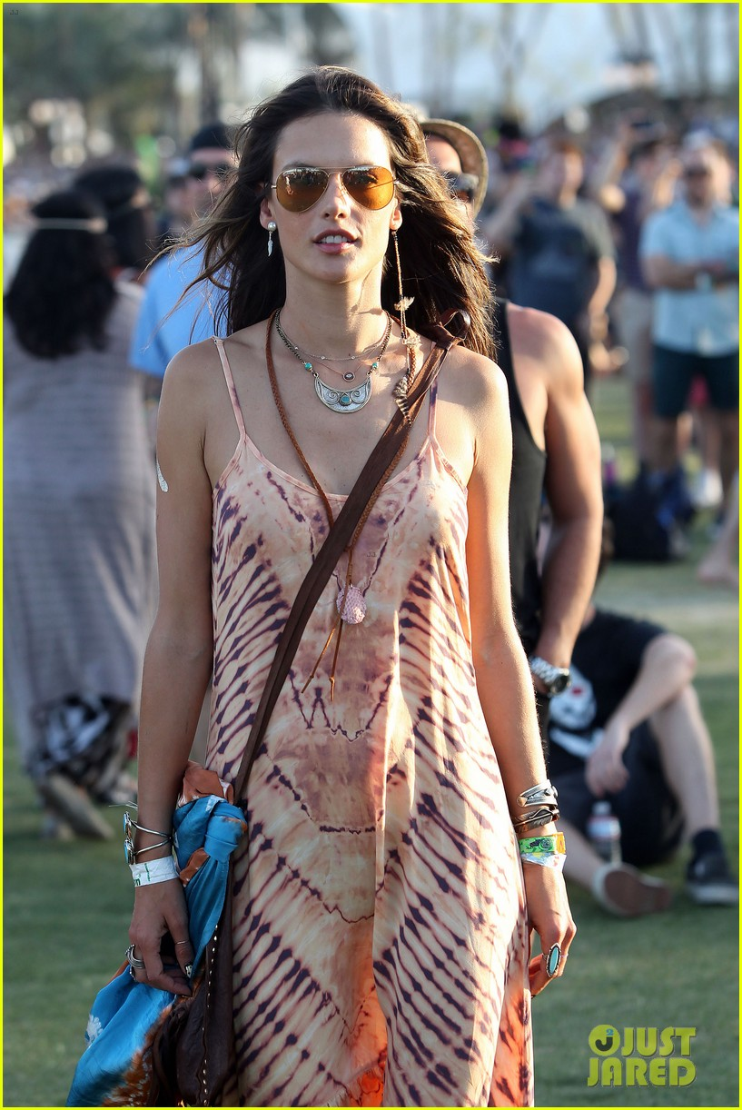 rosie huntington whiteley alessandra ambrosio coachella day three 113092096