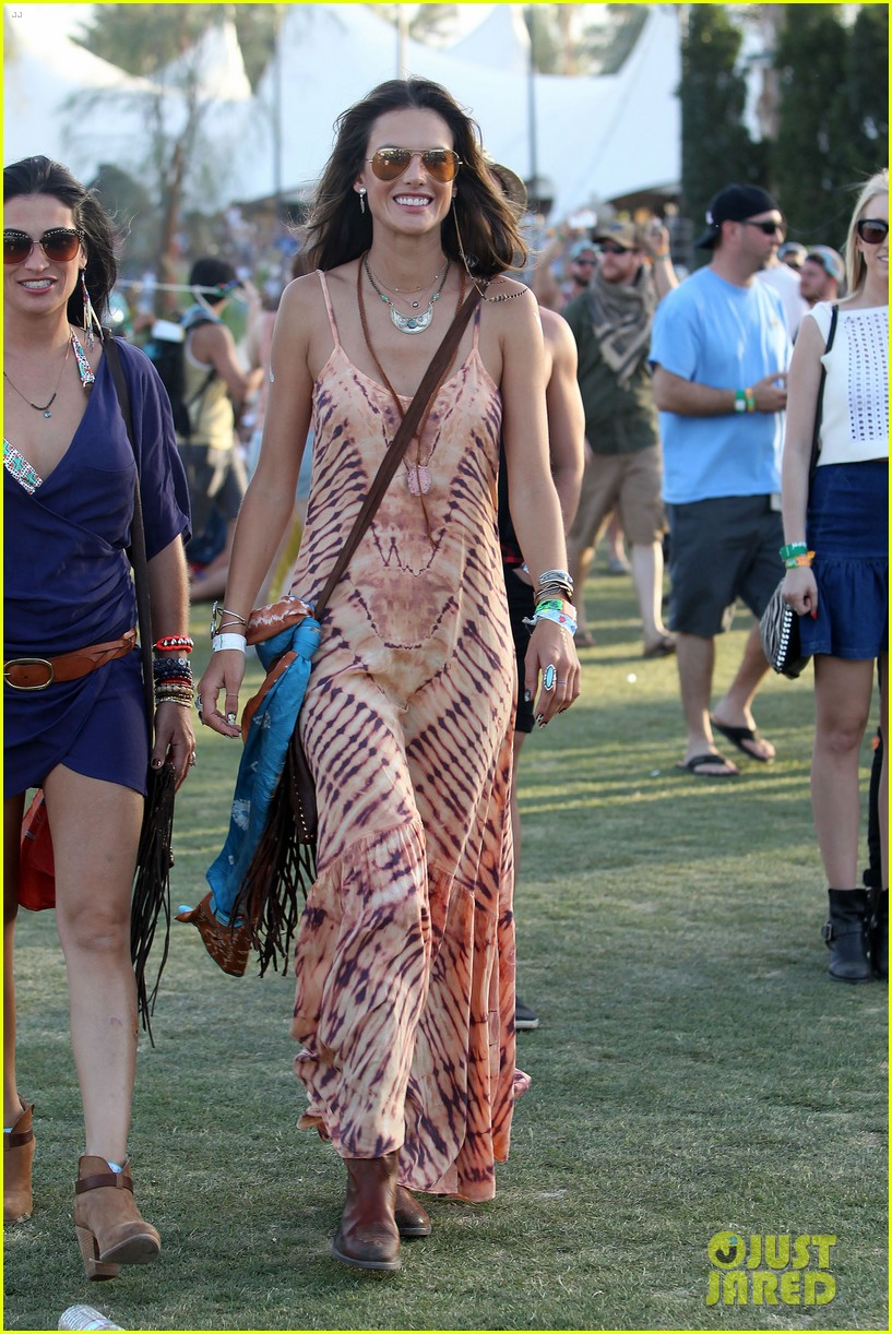 rosie huntington whiteley alessandra ambrosio coachella day three 123092097