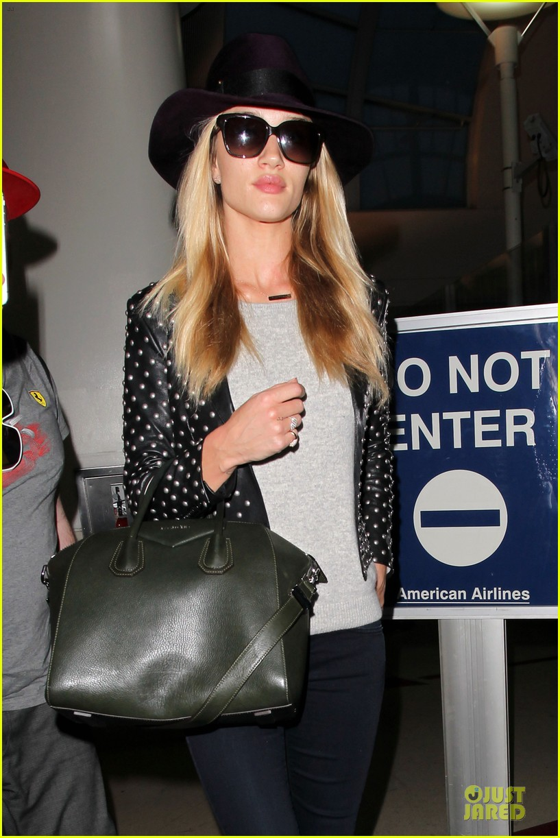 rosie huntington whiteley celebrate 27th birthday at lax 203094890